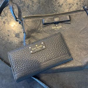 Kate Spade crossbody tiny bow purse and wallet.
